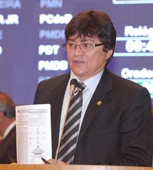 Deputado estadual Léo Cunha