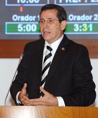 Deputado estadual Zé Carlos (PT)