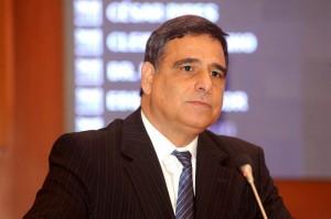 Deputado estadual Max Barros
