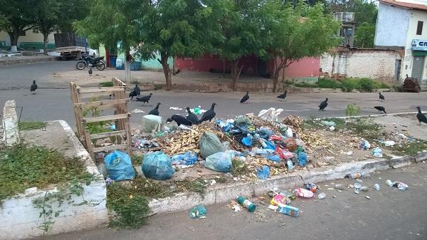 lixo-vitorino
